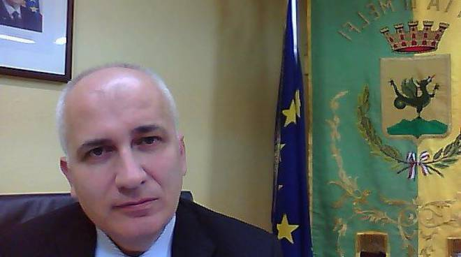 Il sindaco Valvano