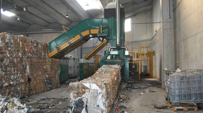 Impianto selezione rifiuti