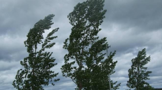 Allerta meteo per vento in Toscana: prolungata al 25 settembre 2018