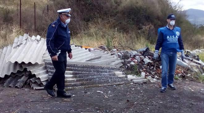 I rifiuti trovati sul Monte Vulture