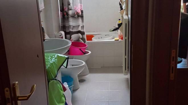 Il bagno della casa del signor Muscatiello