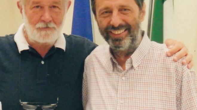Il professore Giuseppe Manera e il presidente dell'associazione ?Gian Franco Lupo', Michele Lupo