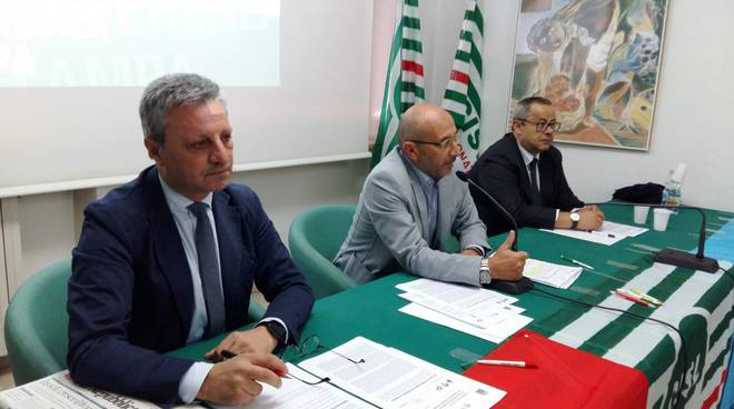 I segretari di Cgil, Cisl e Uil Basilicata: Summa, Gambardella e Vaccaro