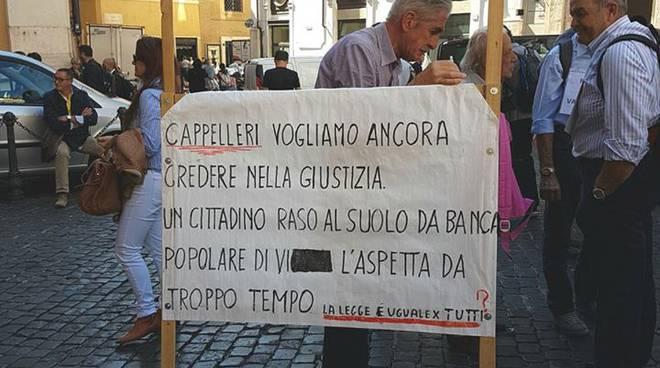 Manifestazione risparmiatori a Montecitorio