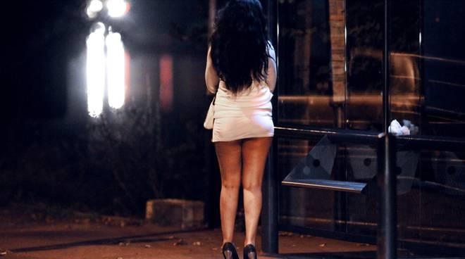 prostituzione in italia è legale donna cercs