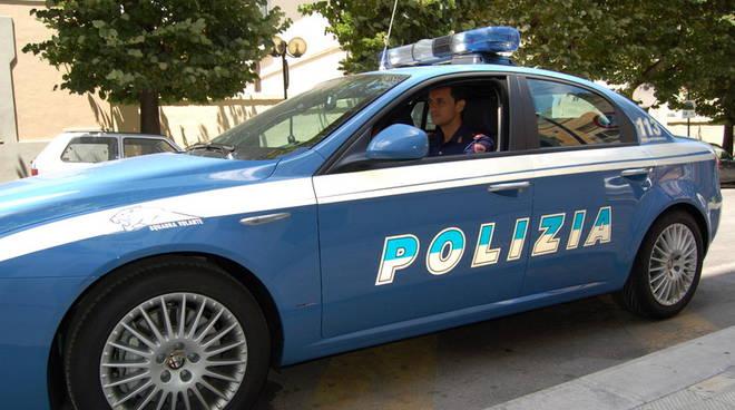 Volante polizia di Matera