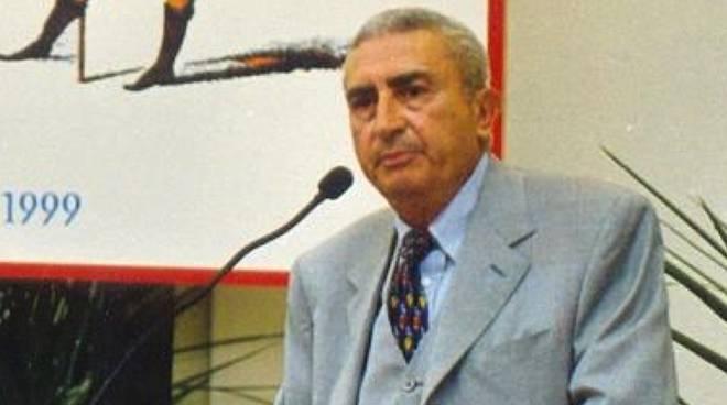 Raffaele Giura Longo