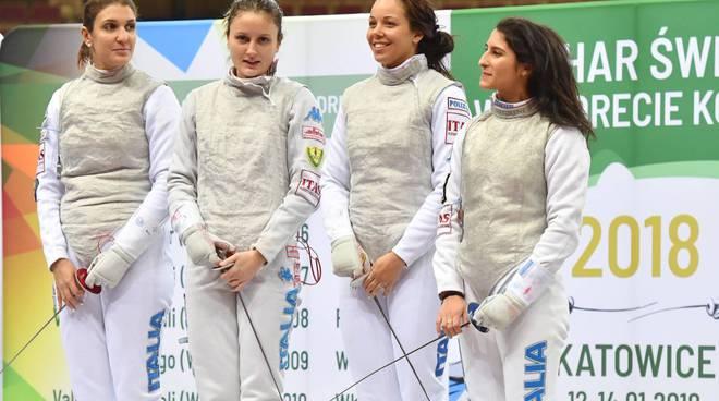 Francesca Palumbo con le compagne di squadra