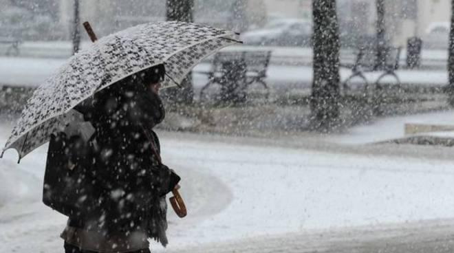 Per la neve a Potenza scuole chiuse anche domani