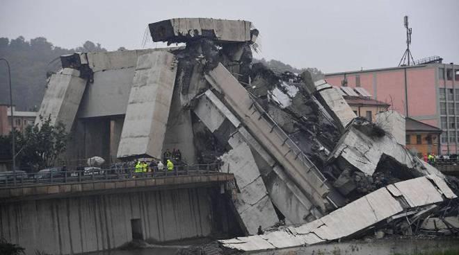 Crollo Genova