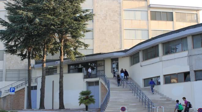 Liceo Duni