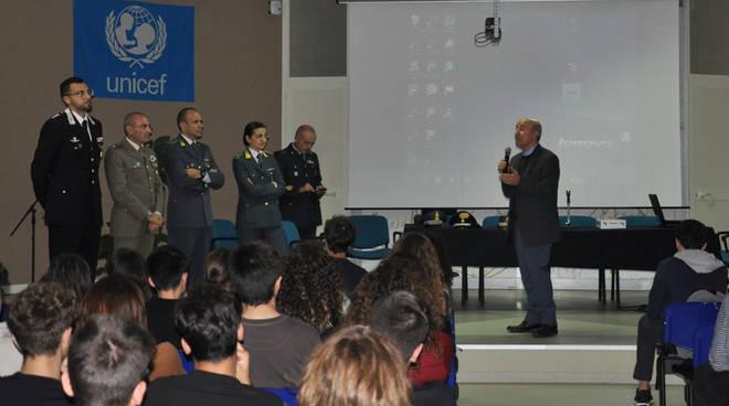 Un momento dell'incontro con gli studenti