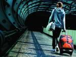Donna con la valigia
