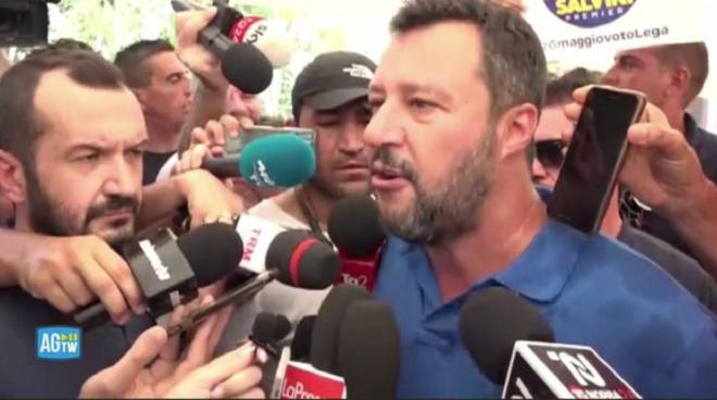 Salvini contestato in Basilicata, lui: li segnaleremo a Sanremo