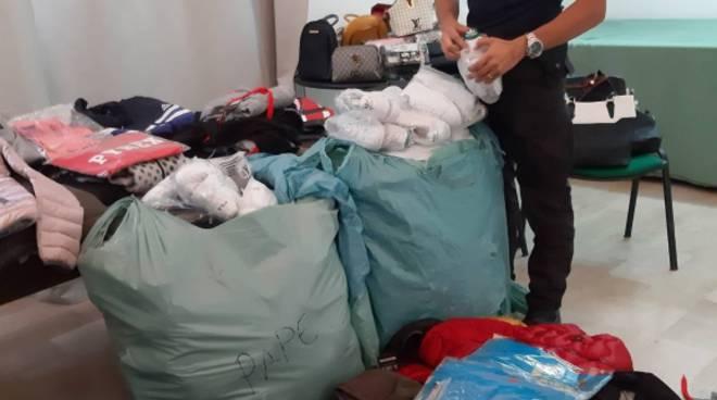 Capi contraffatti sequestrati