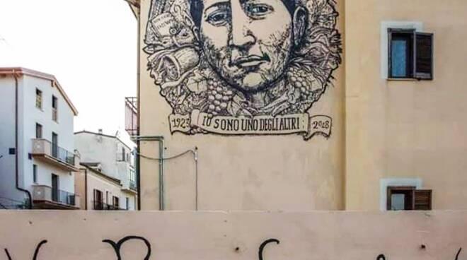 Murale Scotellaro