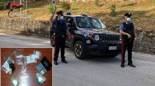 Carabinieri e droga sequestrata a Savoia di Lucania