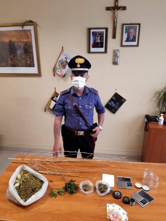 Carabinieri Montescaglioso con droga sequestrata
