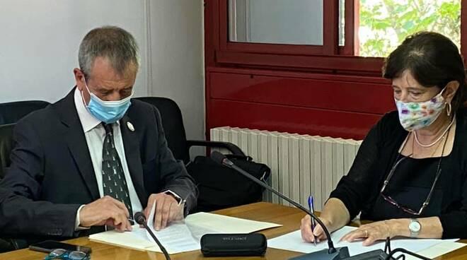 Firma protocollo Cip e Unibas
