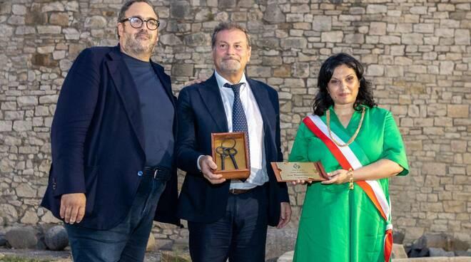 Massimo Osanna e la sindaca di Venosa